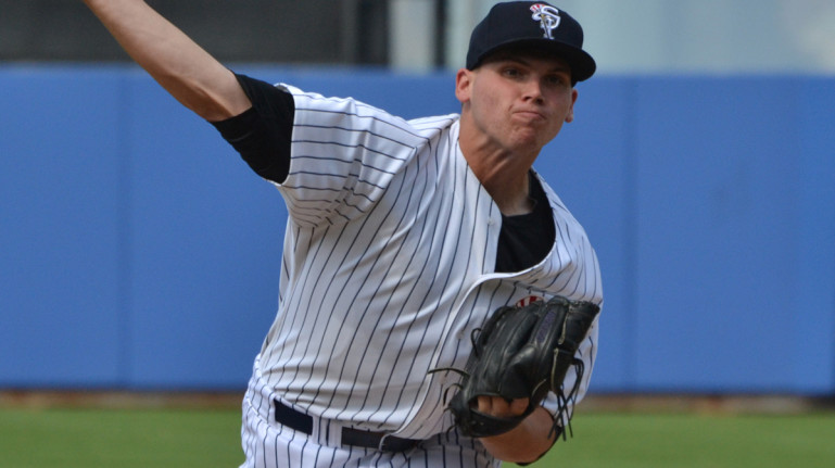 T-Yanks' dominate Threshers in 12-1 victory