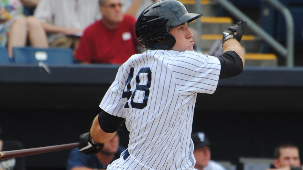 Ben Gamel with the Staten Island Yankees in 2011 (Robert M. Pimpsner)